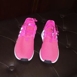 Adidas NWT girls sneakers